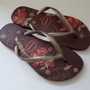 Havaianas Brown and Bronze Floral Flip Flops sz 6
